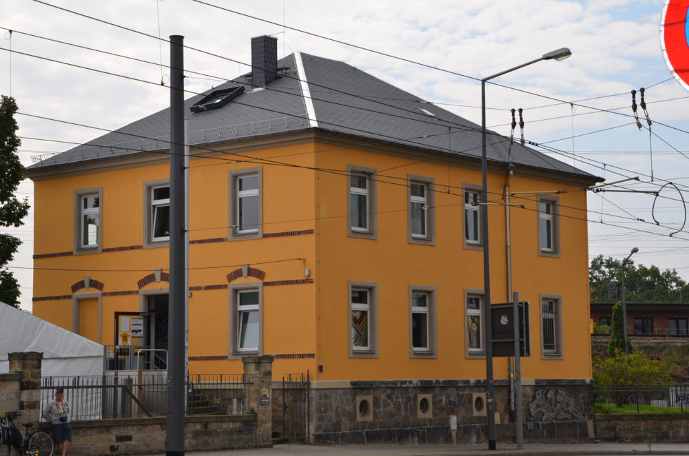 Fanhaus Dynamo Dresden mit rekonstruierter Fassade