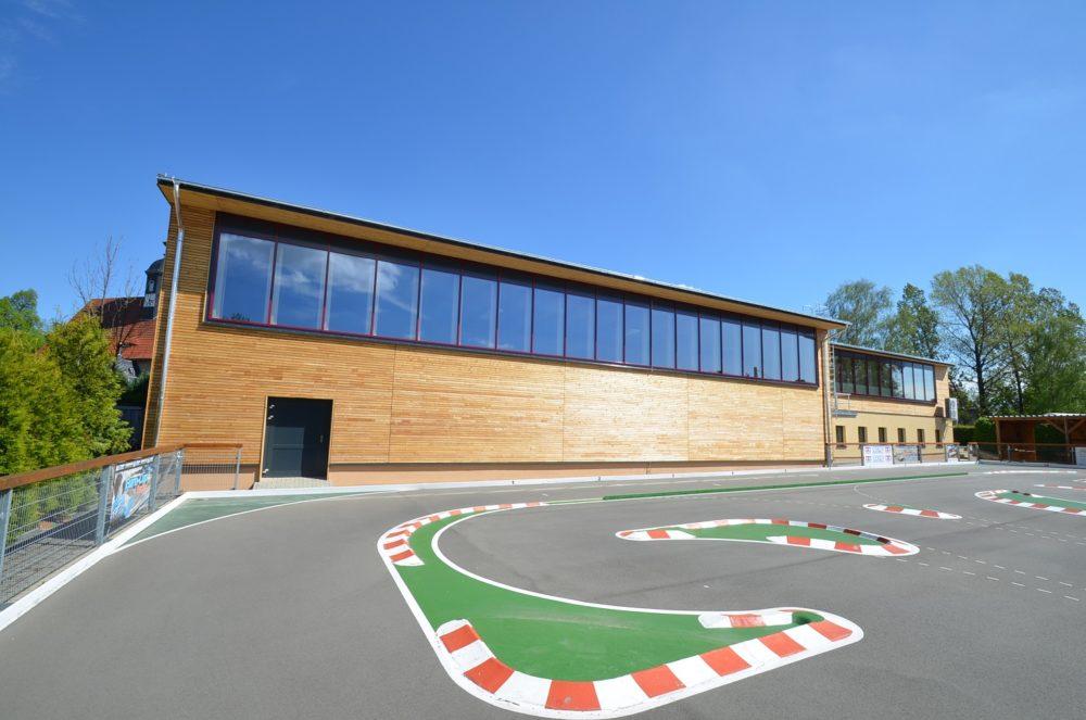 Sporthalle Ruppendorf übergeben