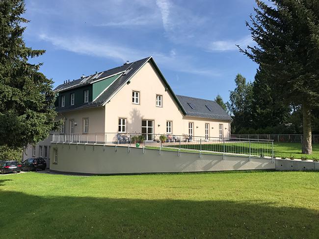 Hof Höckendorf, Tharandter Straße 11 ist fertig gestaltet